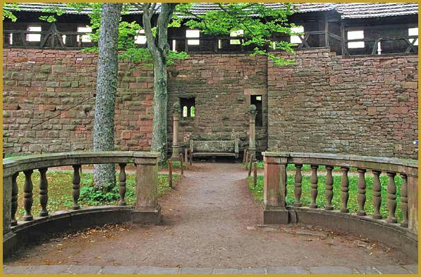 Photos de photos et visite du ch teau du ch teu du haut - Dessus de cheminee exterieur ...
