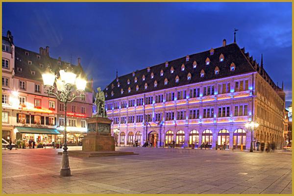Photos de place gutenberg places strasbourg alsace for Chambre de commerce strasbourg