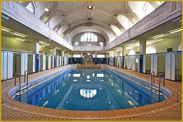 Photos de photos des bains municipaux de strasbourg la neustadt dans le quartier allemand de for Piscine strasbourg