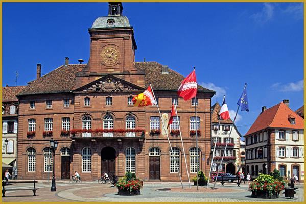 Photos de photos de la place de la r publique for Hotels wissembourg